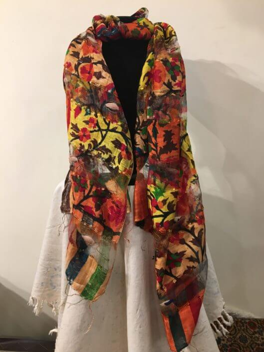 finissima sciarpa in seta colori vegetali provenienza turchia